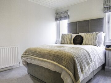 Second Bedroom Maderia Lodge by Aspire Leisure Homes-min